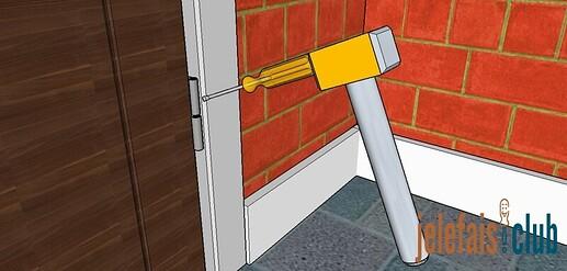 gonds-encadrement-tournevis-marteau