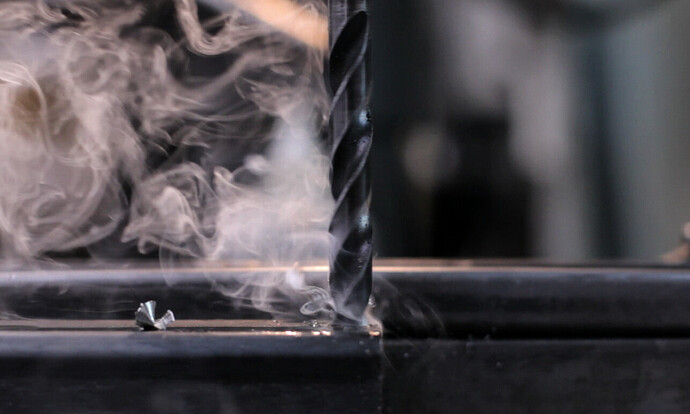 meche-fumeée-metal-chauffe-rotation