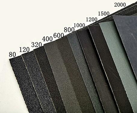 papier-abrasif-grains