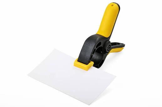 pince-serrage-outil-papier-bricolage