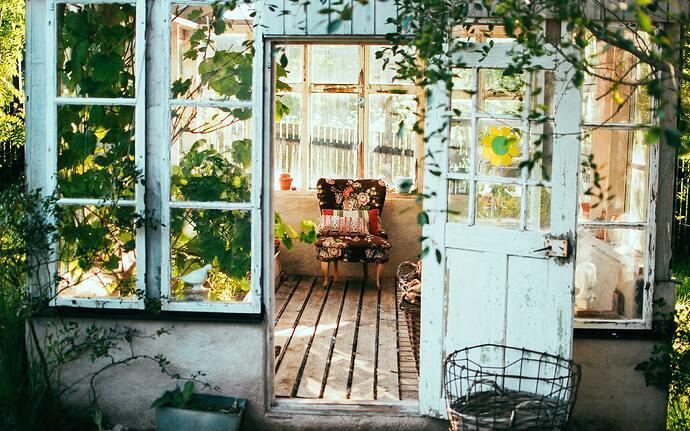 jardin-vintage-meuble-patine