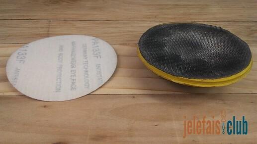 plateau-poncage-disque-abrasif-velcro