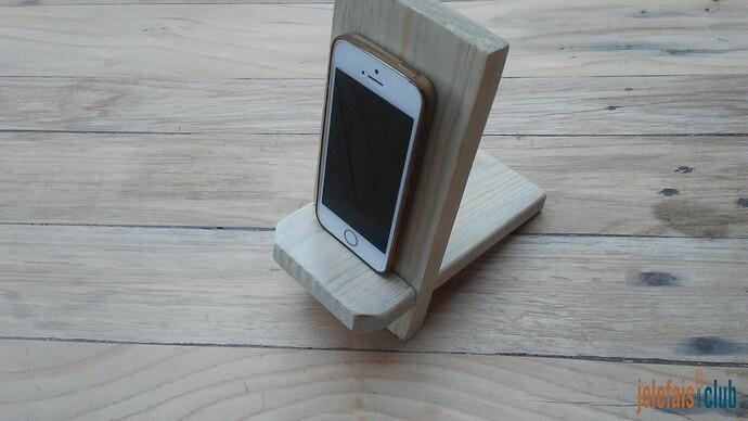 support-telephone-portable-chute-planche-palette