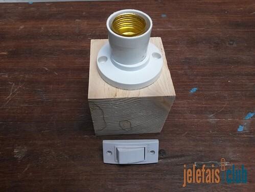 douille-interrupteur-socle-cube-palette
