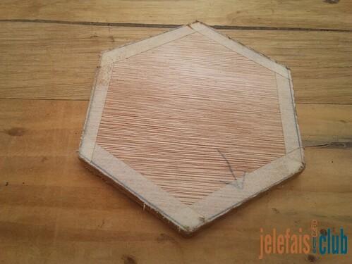 decoupe-couvercle-fond-tirelire-hexagonale