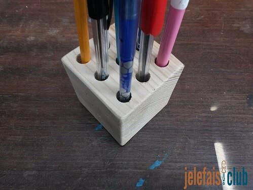 porte-crayon-cube-palette-bois-brut