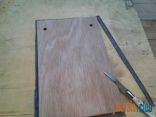 moquette-decoupe-couteau-contreplaque-support-bloc-notes