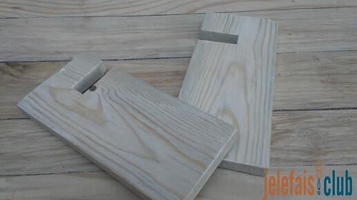 piece-fente-planche-support-telephone