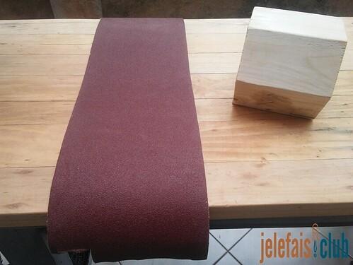 poncage-papier-abrasif-tirelire-hexagonale
