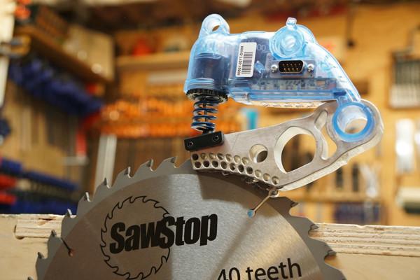 sawstop-arret-disque